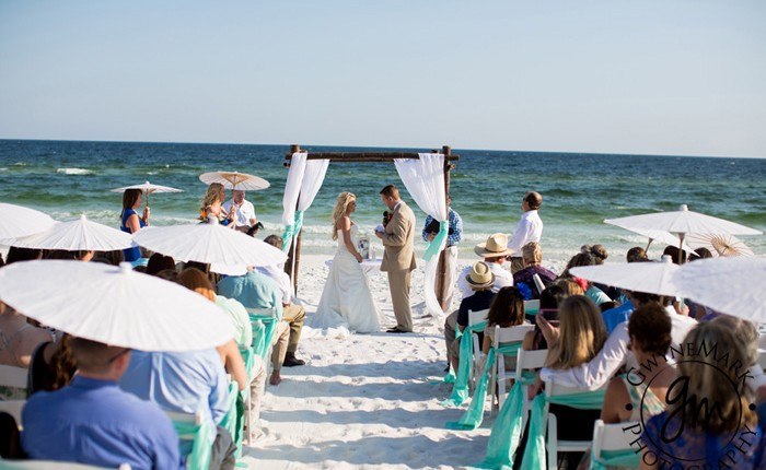 Destin Beach wedding ceremony